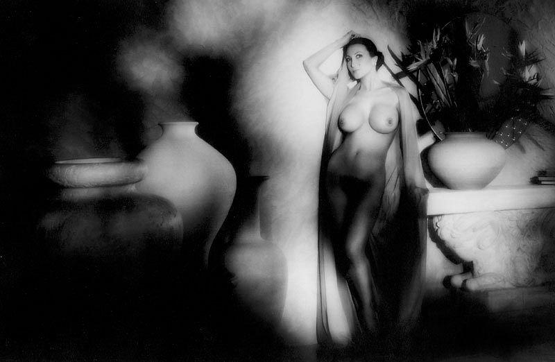 Brenda Venus Nude Photos