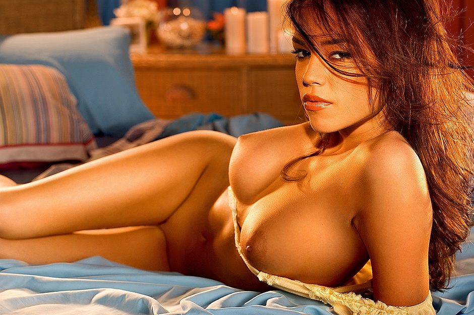 Brittany Binger undressed