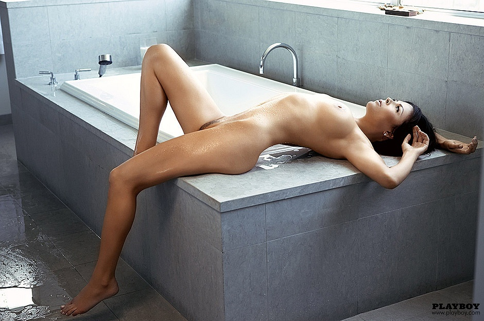 christa campbell nude