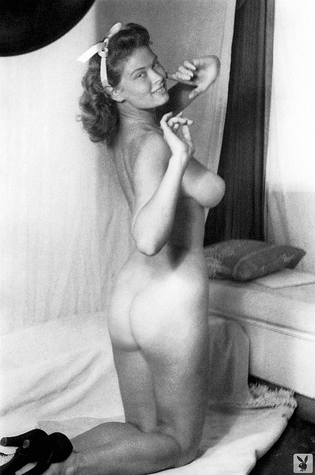 nude Irish mccalla