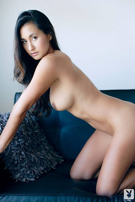 Jeannie Santiago undressed