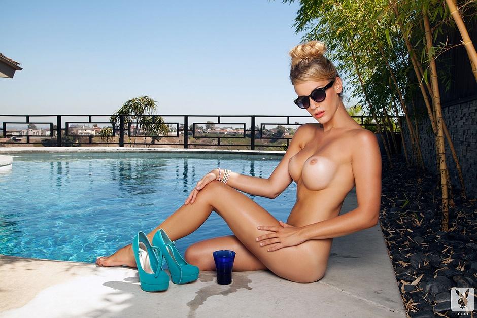 Karla spice completely naked