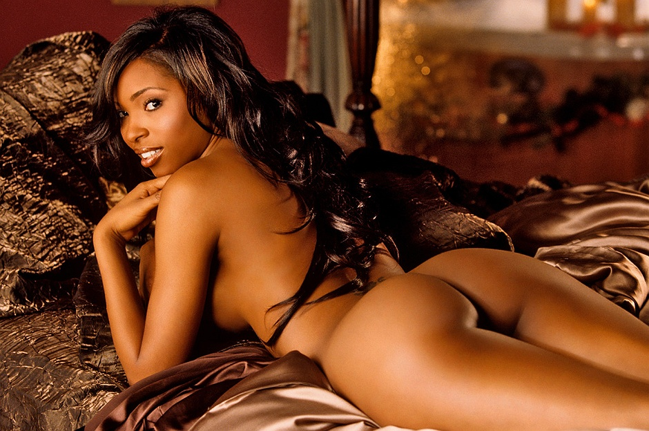 Kia Drayton undressed