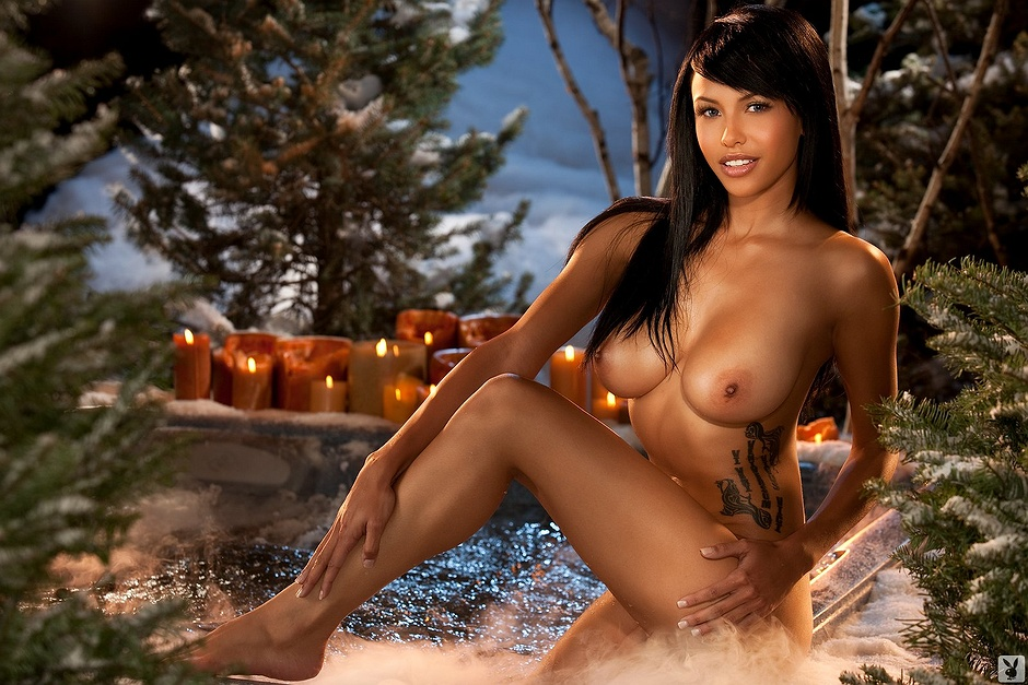 Nude photos of ebony porn star kitten