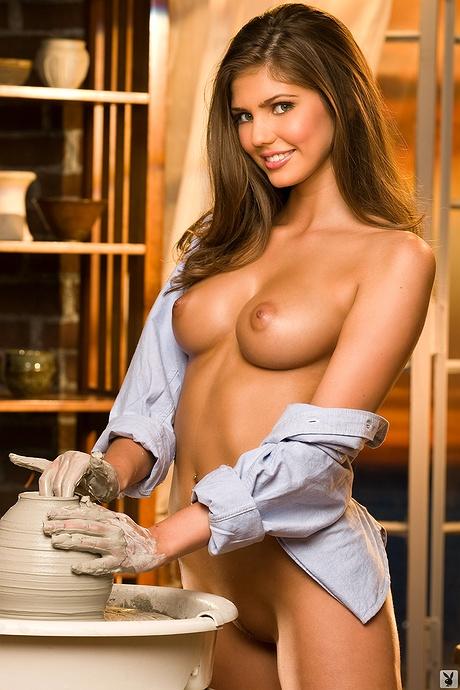 Free nude pics of kyra milan