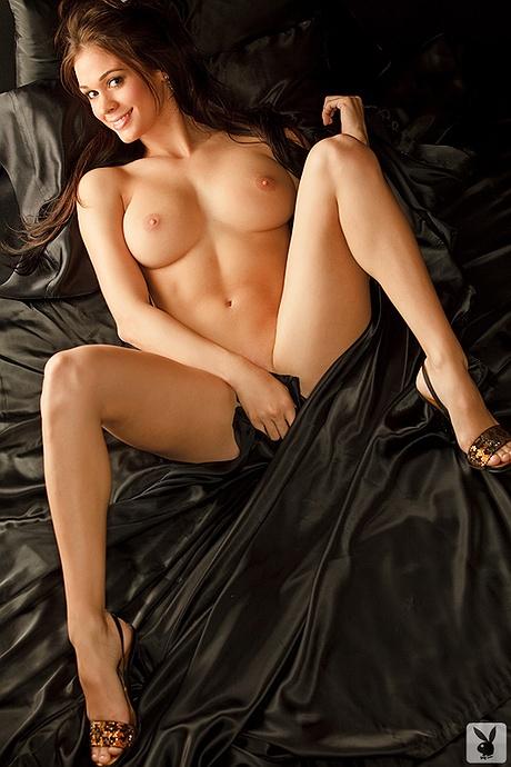 Nude elise lauren Lauren Elise