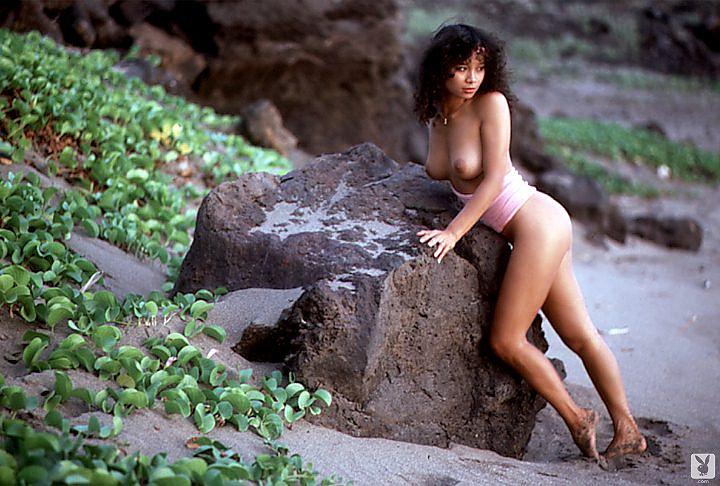 julie-mccullough-naked-photos