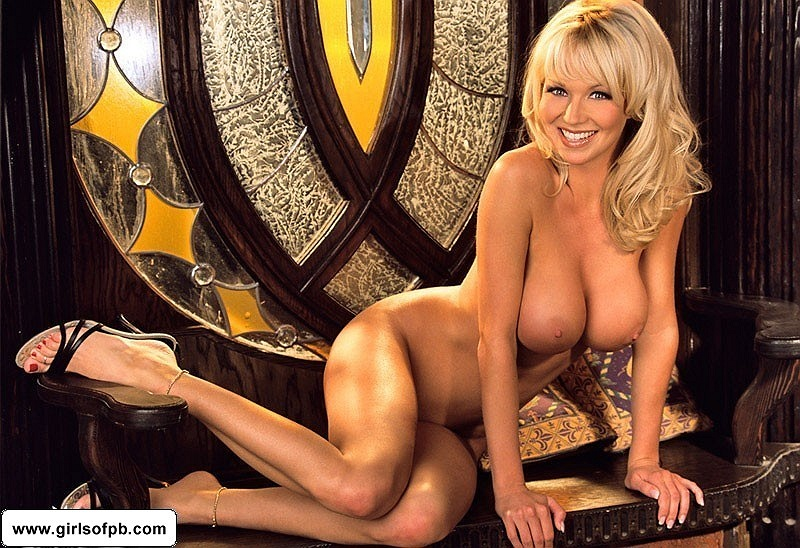 Mandy Ashford undressed