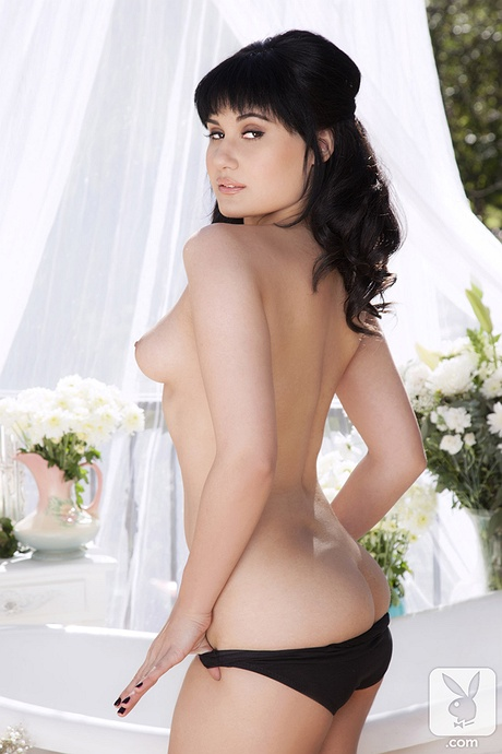 Rivi Madison nude