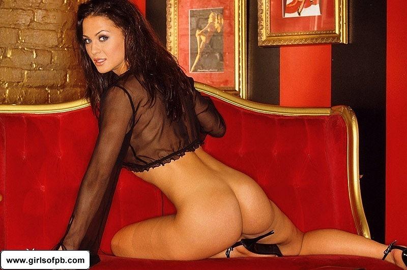 Nackt  Rochelle Loewen 53 Hot