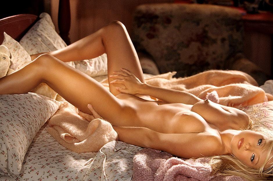 Sara Jean Underwood para Playboy Modelos Desnudas, Fotos