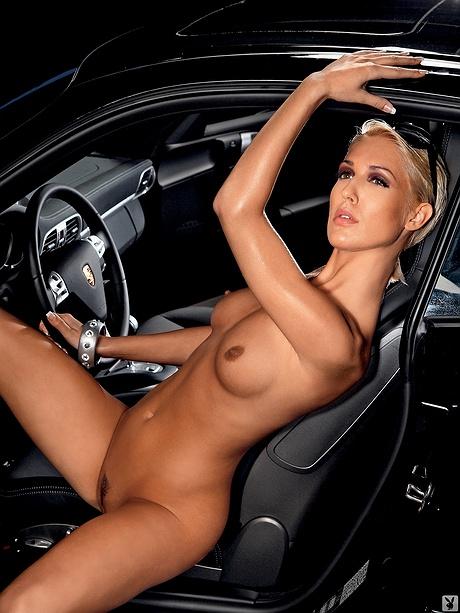 Автоледи фото голые