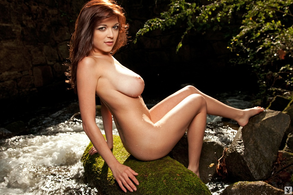 Tessa Fowler undressed