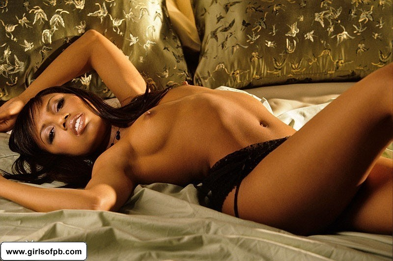 Tiffani Hollowell naked