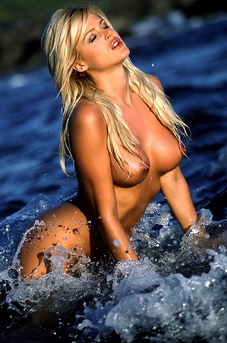 Of Rare Pictures Relating To Nude Pictures Of Victoria Silvstedt.search.