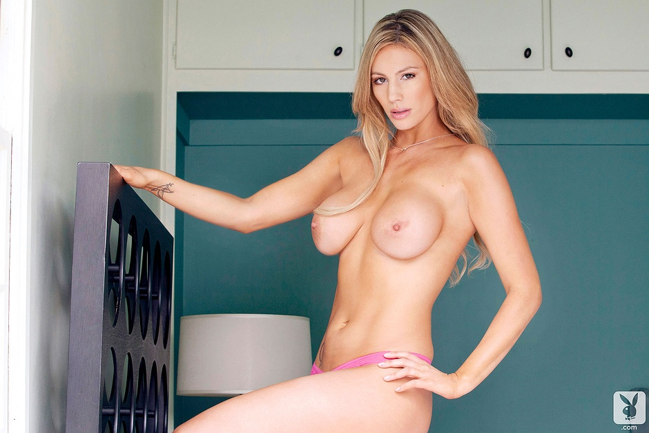 Whitney Whitekirk undressed