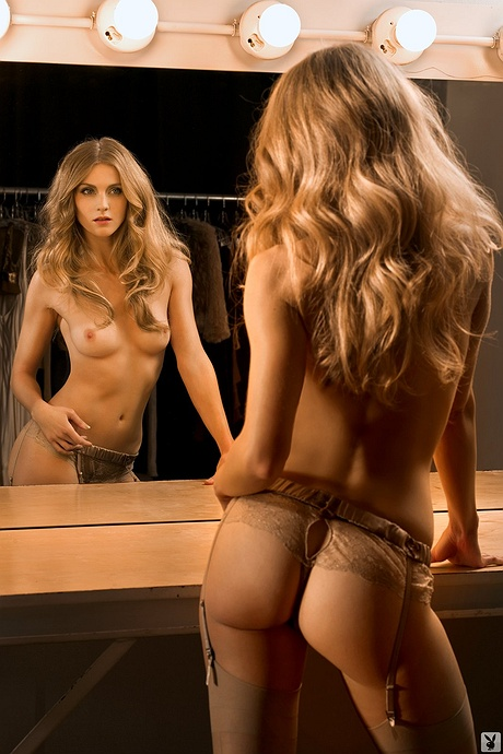 Winter Ave Zoli exposed